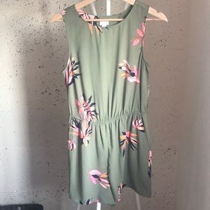 Green printed Romper with Pockets